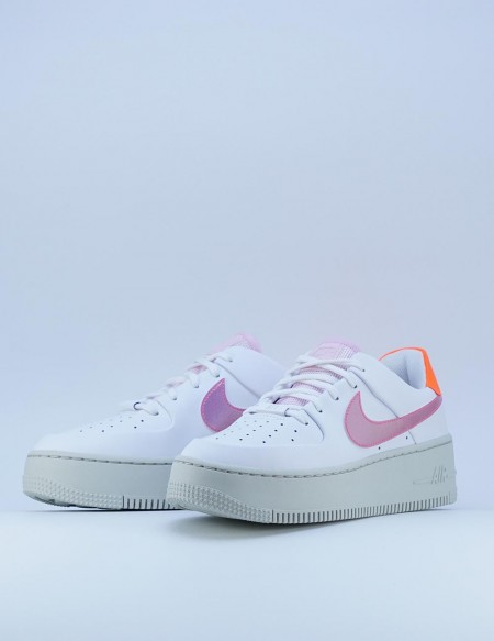 NIKE AIR FORCE 1 SAGE LOW BLANCO/ROSA