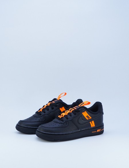 NIKE AIR FORCE 1 LV8 KSA BLACK/BLACV/TOTAL ORANGE