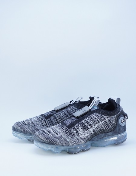 NIKE AIR VAPORMAX 2020 FLYKNIT BLACK/WHITE