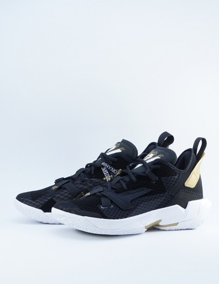 JORDAN WHY NOT? ZER0.4 BLACK/WHITE-METALLIC GOLD