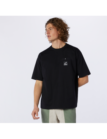 NEW BALANCE ALL TERRAIN POCKET T-SHIRT BLACK
