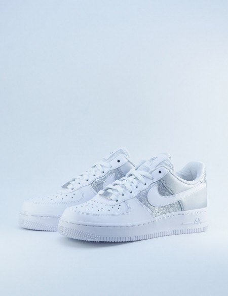 NIKE AIR FORCE 1 '07 WHITE/WHITE-METALLIC SILVER