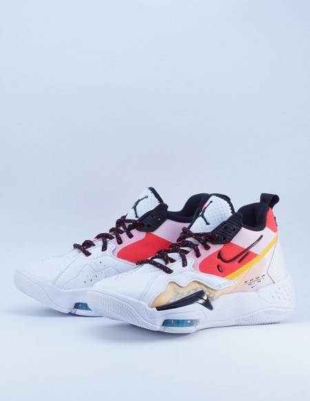 JORDAN ZOOM '92 WHITE/BLACK-SIREN RED-UNIVERSITY GOLD