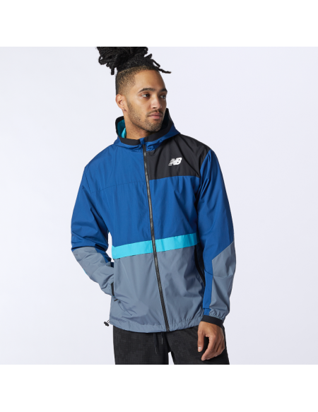 NEW BALANCE LIGHTWEIGHT WOVEN JACKET AZUL/NEGRO