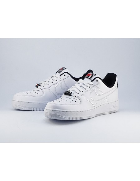 NIKE AIR FORCE 1 ´07 SE LX