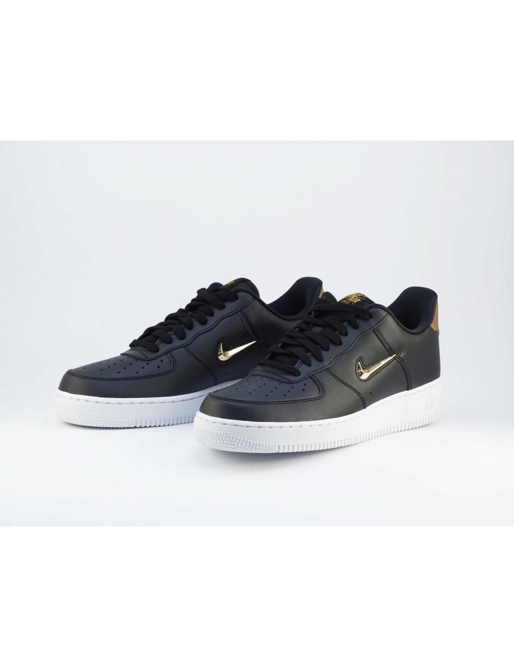 AIR FORCE 1 `07 LV8 LTHR