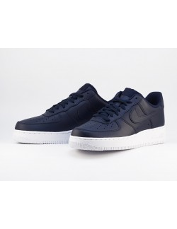 NIKE AIR FORCE 1 `07