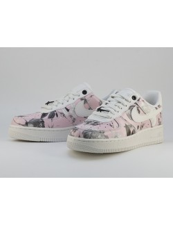 NIKE AIR FORCE 1`07 LXX
